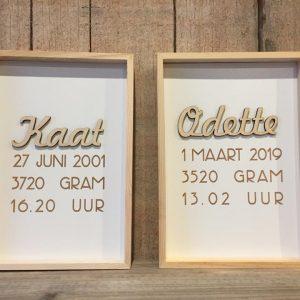 Een houten geboortekader voor Kaat & Odette