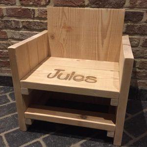 Houten kinderzeteltje voor Jules